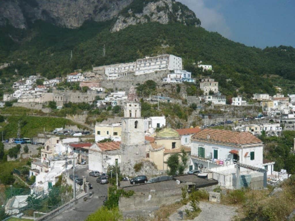 Amalfi, asignada a Vimec la actividad para la reducción de las barreras arquitectónicas en Pogerola